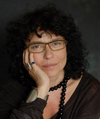 Carole Achache †